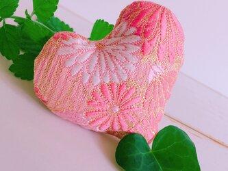 祈りの匂い袋〜香りむすび〜 ハート香 撫子色 菊の画像