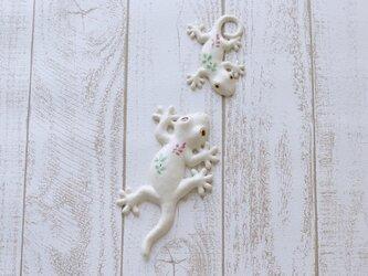 家守(ヤモリ)壁飾りセット おもいやり ピンクの小花の画像