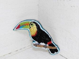 オオハシちゃん*刺繍ブローチの画像