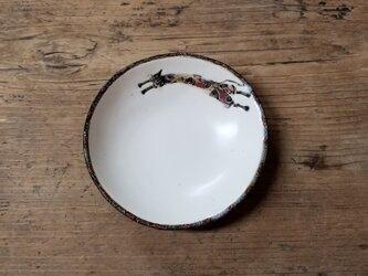 小皿no.31 ネコ(飛ぶ)の画像