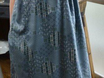 正絹ブルーグレー反物から衿フリルのワンピースの画像