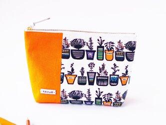 デザイナーズ生地で作った鉢柄のペンケース・本革使用(オレンジの帆布)の画像