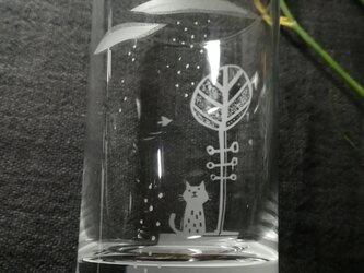 小さなグラス  夏を待つの画像