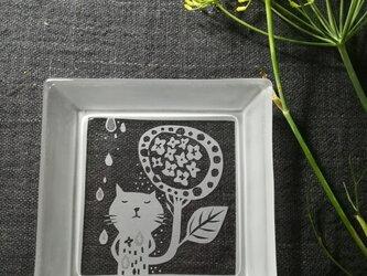 角皿    アジサイの雨の画像