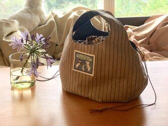 kororin bag basic 巾着付きピンストライプ・ベージュ&ブルー90%バージョンの画像
