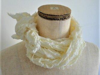 リボン・リ・ボーン 綿ガーゼのストール みかんの皮染めの画像