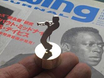 Miles Mini Paper Weight Jazz Silver + Brass マイルスデイビスの画像