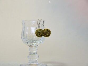 麻の葉文様のまめてまりピアス~渋緑に金の麻の葉の画像