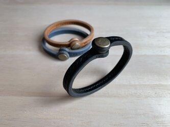 【新作・選べる革とステッチ】ペアのブレスレット バングル 栃木レザー の画像
