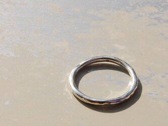 でこぼこ シルバープレーンリング 1.8mm幅 鎚目 シルバー950 シルバーリング 指輪 シンプル ハンドメイド 120の画像