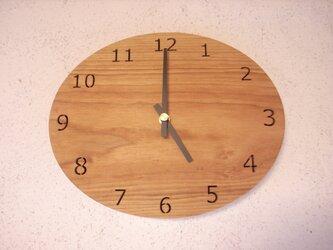桜材の壁掛け時計 オーバルの画像