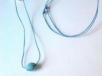 ヘンプネックレス  ターコイズ(青)の画像