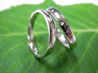 ハンドメイド結婚指輪☆桜の限定打ち出し&甲丸(光沢)の画像