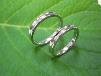 ハンドメイド結婚指輪☆しゃくれた凹デザイン(光沢)の画像