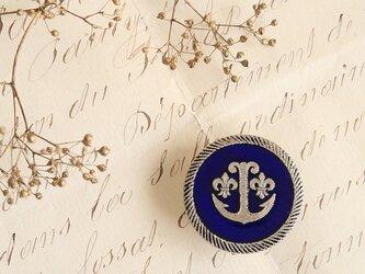 イタリア・ヴィンテージボタンの帯留◎錨と百合/瑠璃色【送料無料】の画像