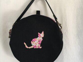 丸バッグ 花猫の画像