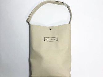 minimal plus (Vanilla Beige) / 帆布のショルダートートバッグ(バニラベージュ)の画像