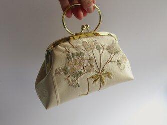 アジサイの刺繍・がま口型ポーチバッグ・茶系(フランス製)の画像