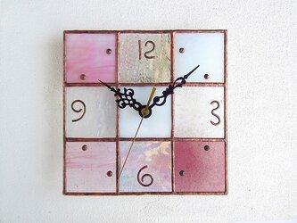 【18㎝×18㎝】ステンドグラス*掛時計・モザイクB(桜色)の画像