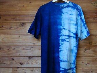 藍染半分絞りTシャツの画像