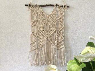 マクラメ編みタペストリー~桜の枝とコットン生成り糸(#40)で♪の画像