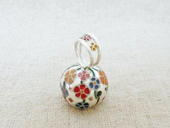 卓上の鈴『花綴り』 銀製(シルバー925+レジン)の画像
