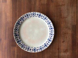 リム8寸皿 染付果実紋の画像