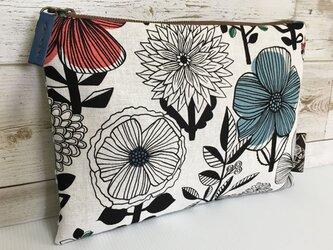 バッグインバッグ クラッチバッグ 北欧調花の画像