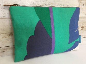 バッグインバッグ クラッチバッグ グリーンとブルーの画像