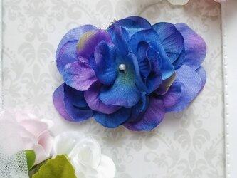 青い紫陽花のポニーフックの画像