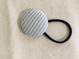 こぎん刺しのヘアゴム〈糸流れ〉3.8cmの画像