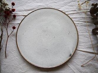 {粉引} フラット丸皿の画像