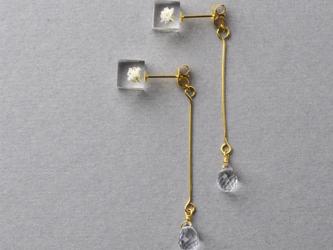 宝石質AAAクォーツとかすみ草のピアス(霞草, 天然石, レジン, ステンレス, 送料無料)の画像