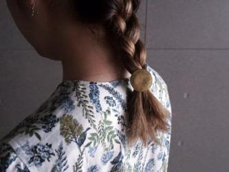 真鍮の髪留めの画像