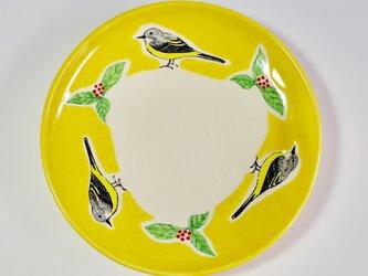 キセキレイとセンリョウの中皿の画像