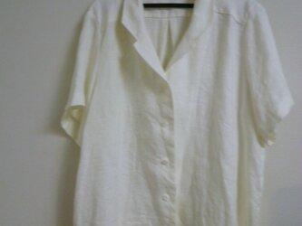 ピュアリネンのテーラード半袖シャツの画像