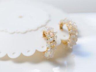 限定品 宝石質エチオピア産ホワイトオパール フーブイヤリング の画像