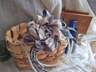 染め布ドレープのバラ コサージュ Gyの画像