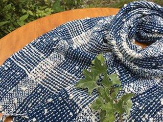 畑からの優しい贈り物 手紡ぎオーガニック和綿を使った藍染めマフラーの画像