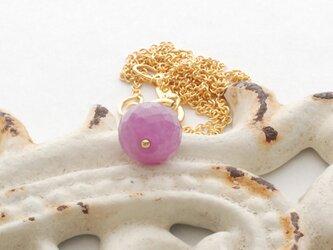 LeJ(ルジィ) 大粒ピンクサファイアのネックレスの画像