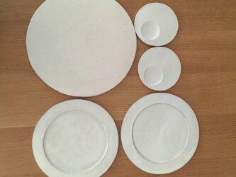 粉引皿、お醤油皿のセットの画像