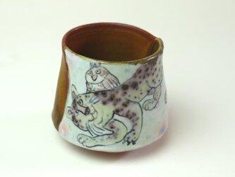フクロウと虎の湯飲み/ 陶器/ 色絵/ 窯変/ カップ/ 可愛い器 / 陶芸家が作る愉しい器の画像