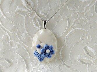 陶器小花のネックレス (磁器)の画像
