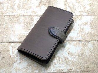 iPhone & android 手帳型 レザーケース チャコールグレー×カモフラダーク 糸 ブラックの画像
