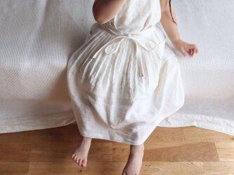 リネン エプロンドレス KIDS Casual Whiteの画像