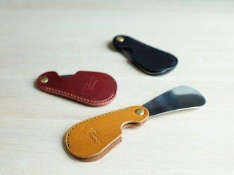 【新作】【選べる革とステッチ】靴べら シューホーン【名入れ無料】栃木レザー 手縫いの画像