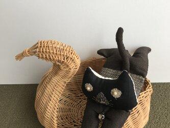 ヴィンテージ紬が猫へ  つむぎにゃんですの画像