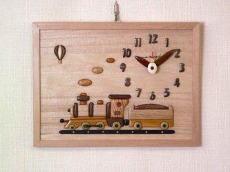 木の時計 蒸気機関車の画像