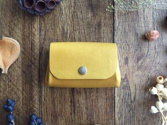 ウコン染の小さい財布の画像