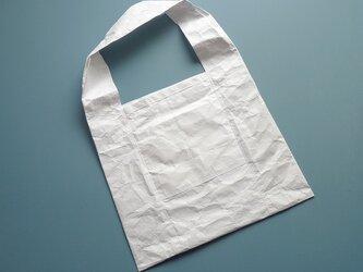 何度も使える 紙そっくりなエコバック 真っ白の画像